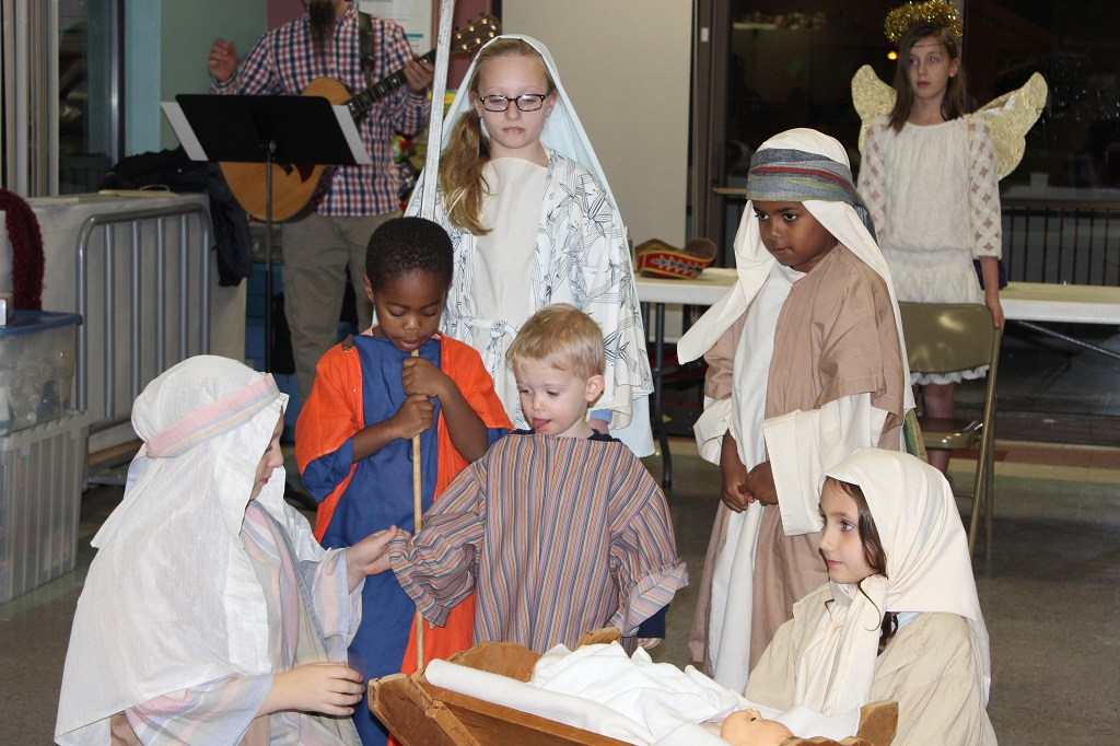 Christmas program at the Warren Manor